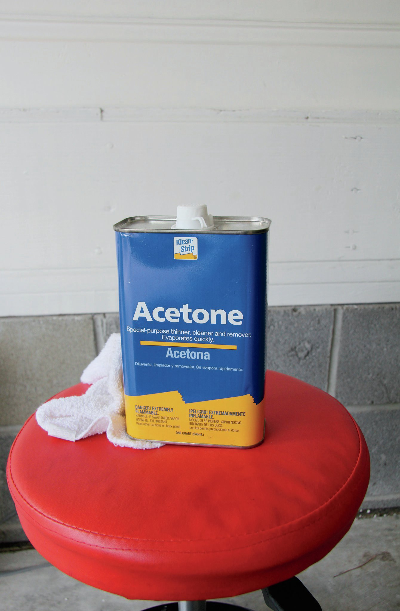 Before you can install the first panel, the inside of the top must be thoroughly cleaned. Acme suggests using Acetone and a microfiber cloth so not to leave behind any residue.