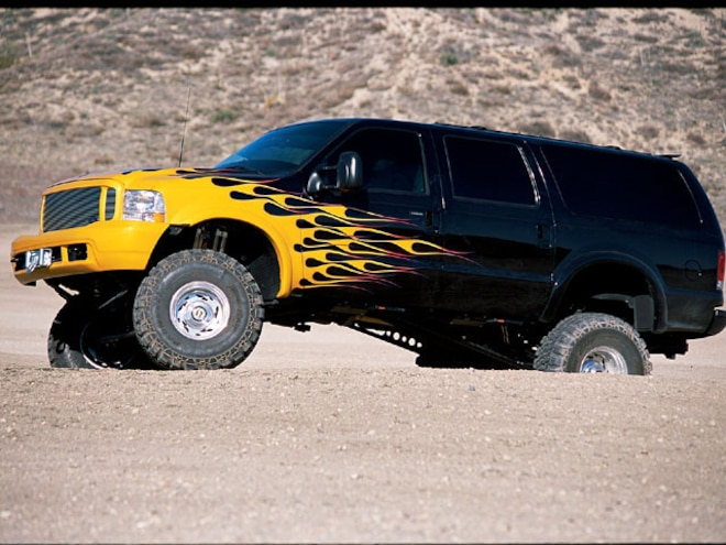 2000 Ford Excursion - Too-Tall Tow Truck