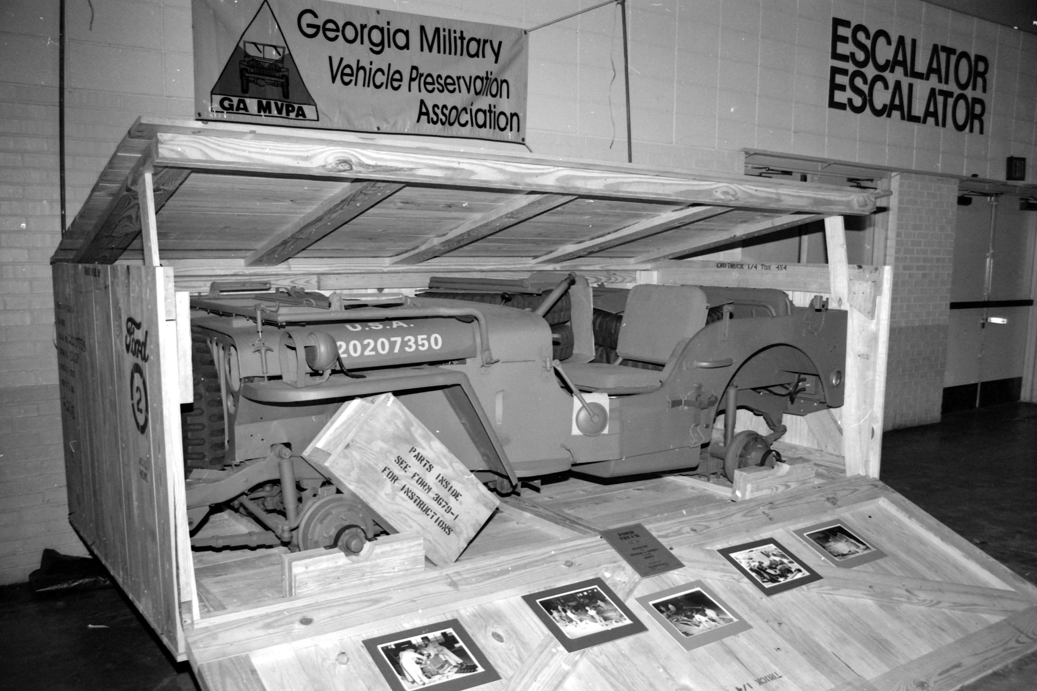 011 jeep in a crate