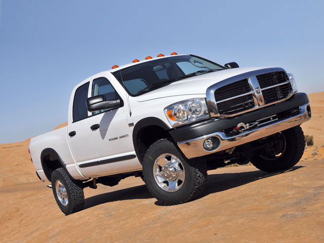 0807 4wd 01 z+dodge power wagon off road truck+front right view