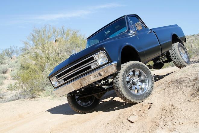 Clean & Black – A 1967 Chevy C20 Undergoes a Modern 4x4 Conversion