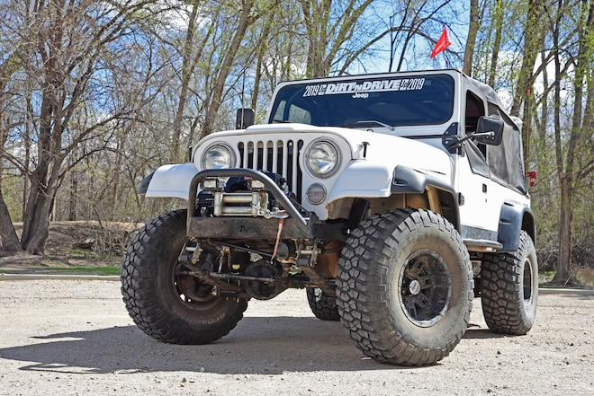 Jeep CJ-8 Scrambler Built for Trail Fun