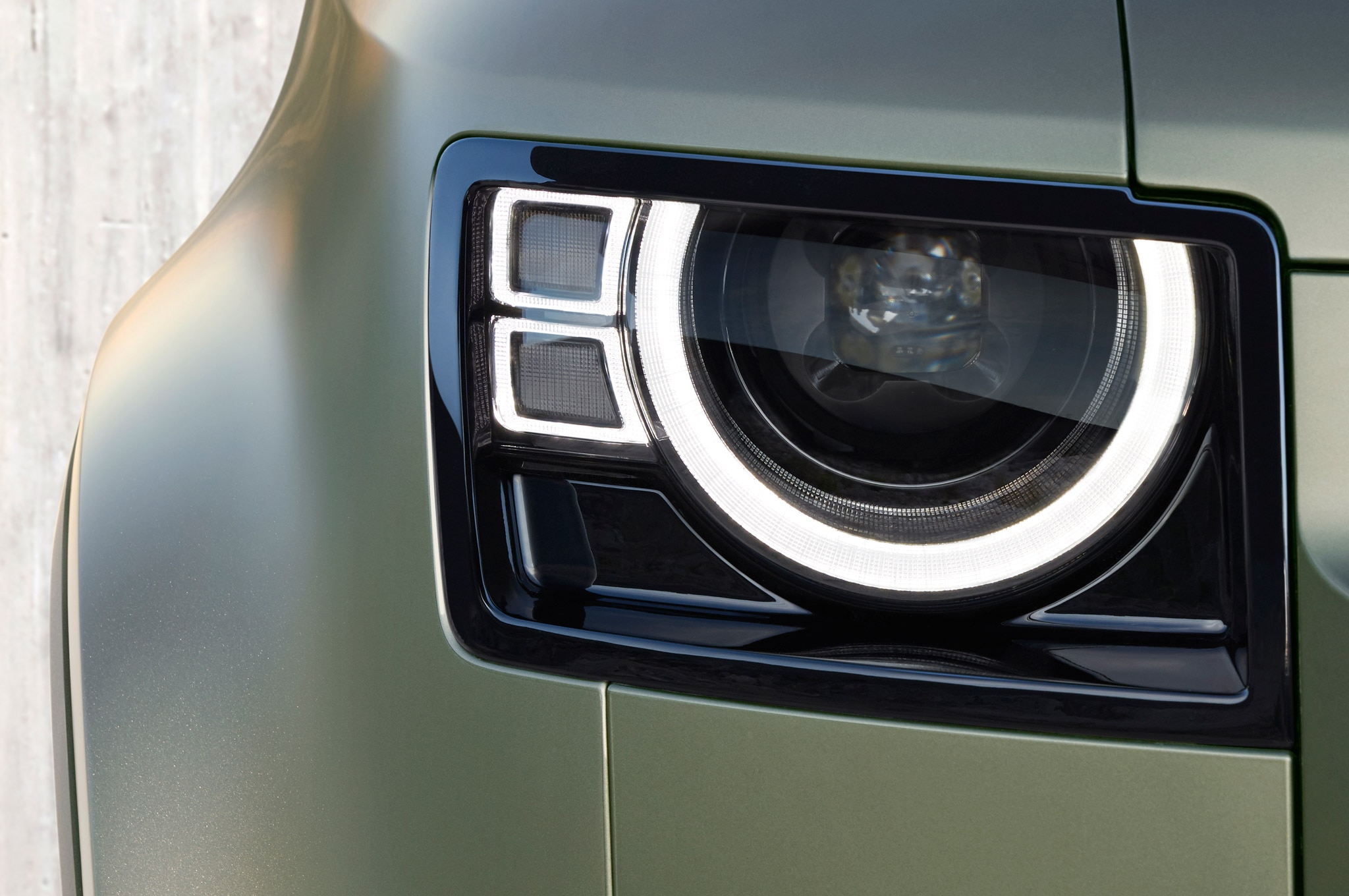 2020 land rover defender exterior headlamp