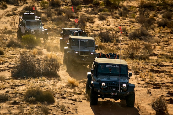 Jeep Expedition Crosses Australian Continent