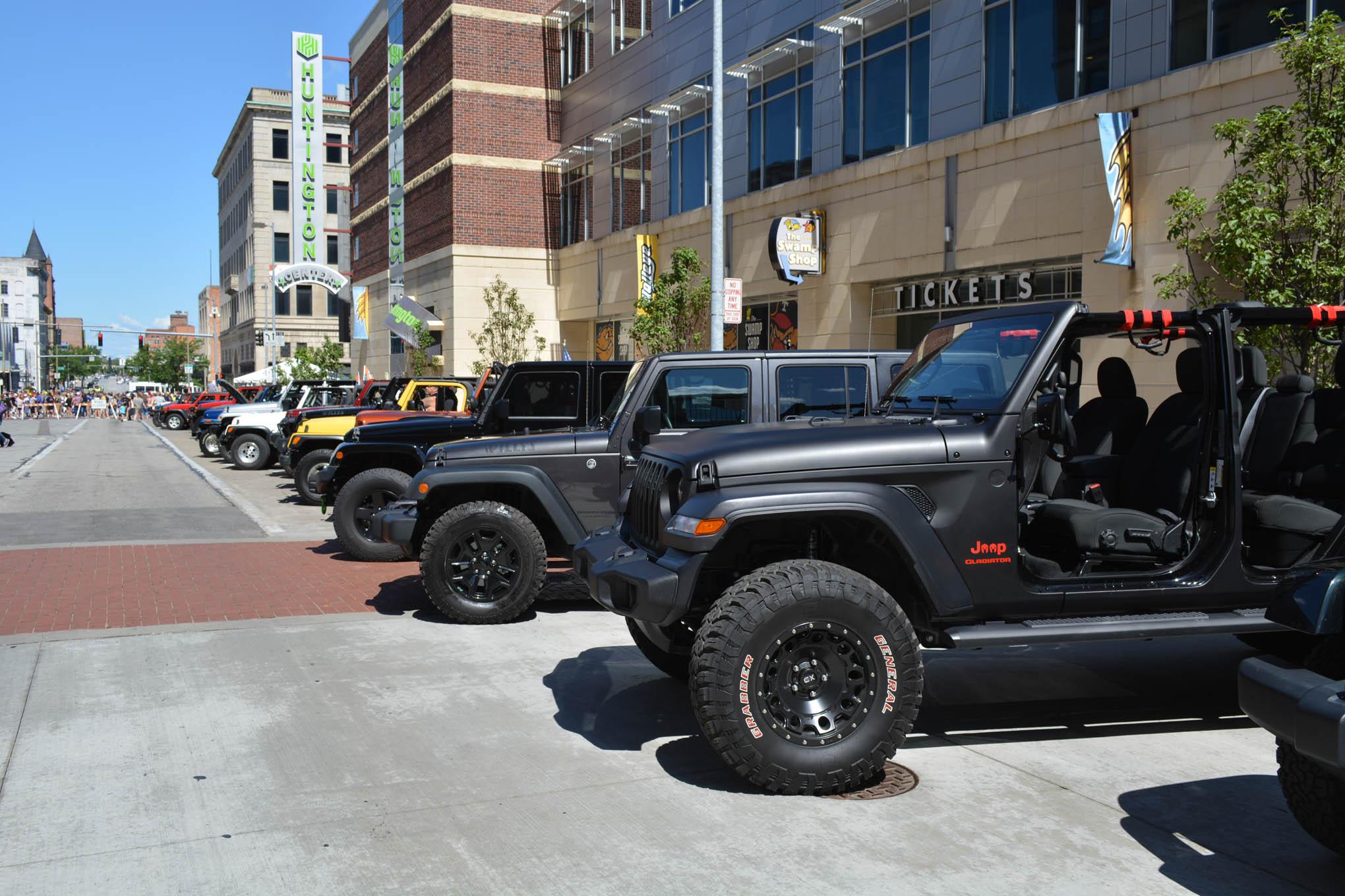 106 toledo jeep fest gallery