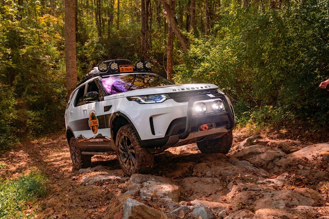 Land Rover TReK Part 2: Winching, Bridge Building, Precision Driving, and More With Our '20 Discovery