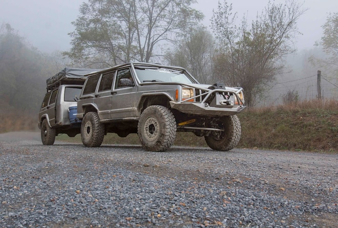 Objective-Based Four-Wheeling in a 2001 Jeep Cherokee XJ with a Homebuilt Trailer