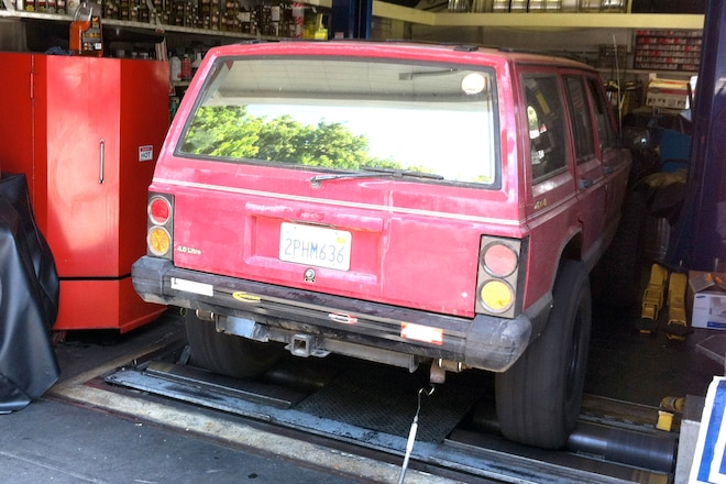 50-State-Legal Walker Jeep Catalytic Converter Swap