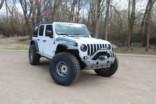 Modified 2018 Jeep Wrangler JL Rubicon with 38-inch Tires and 5.13 Gears