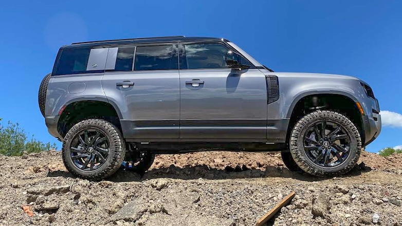 Lift Your 2020 Land Rover Defender In 20 Minutes!